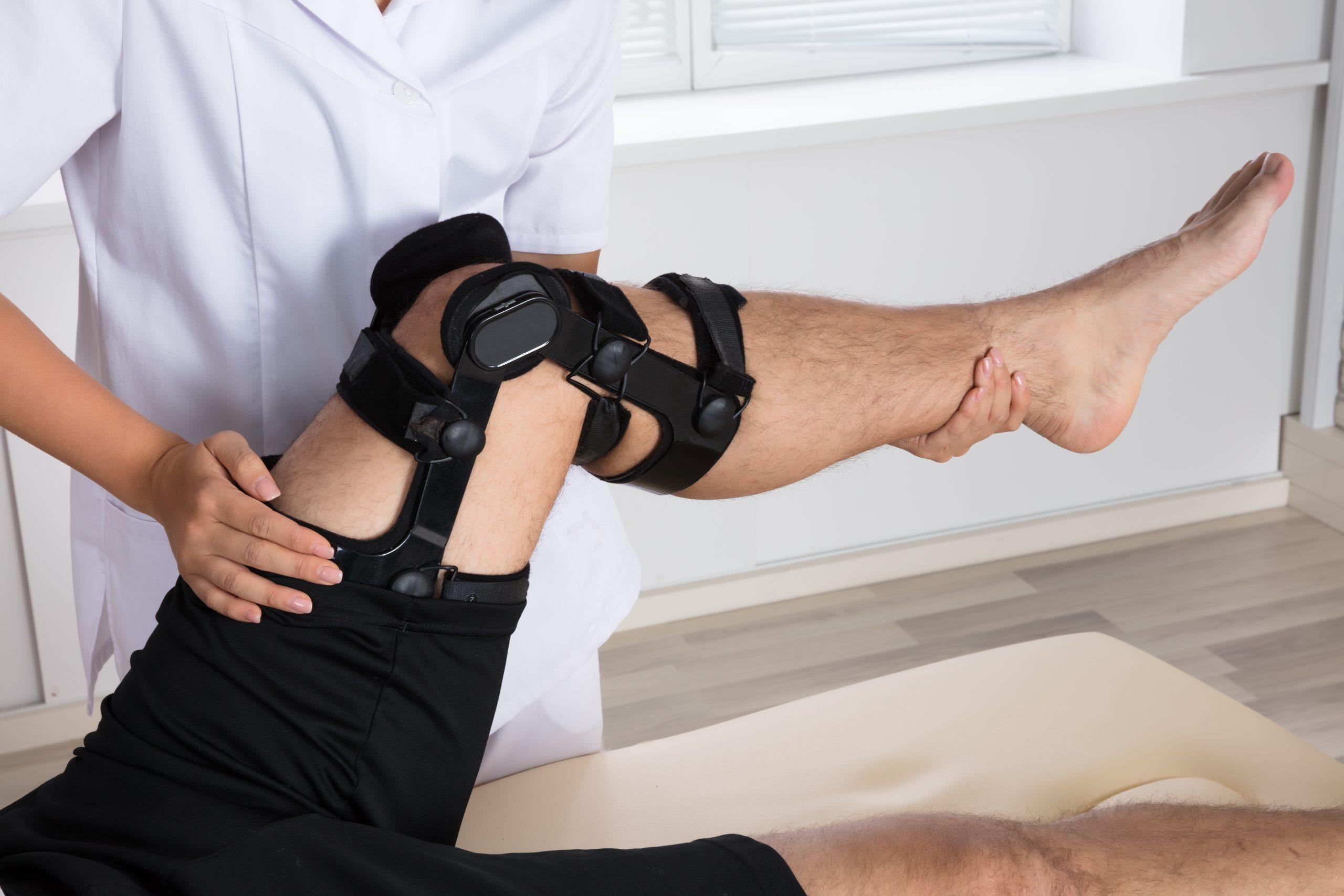 Il freezing dell'andatura migliorato attraverso il trattamento del ginocchio recurvato: una possibile modulazione periferica di un meccanismo centrale.